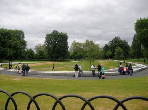 London_Hyde_Park_Princess_Di_memorial_fountain3
