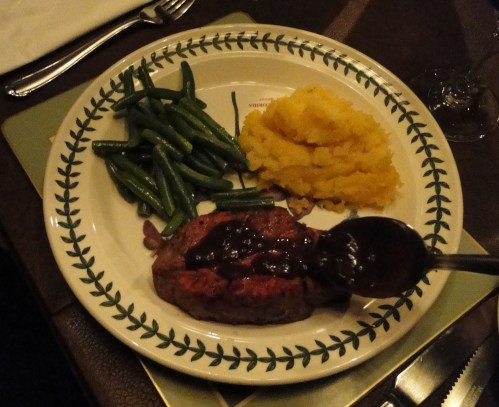 The full dinner (wine reduction sauce recipe to come!)