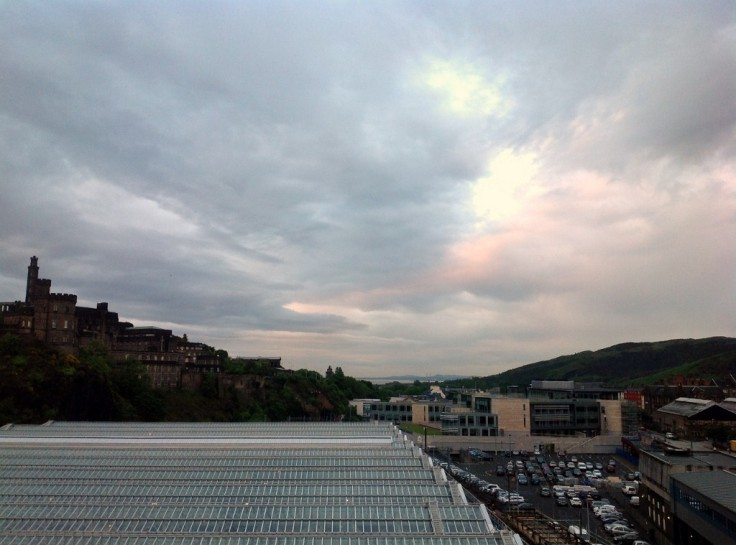 edinburgh-scotland landscape sky