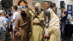 Star Wars Celebration Anaheim 2015 Tatooine group cosplay, jawa and sandpeople