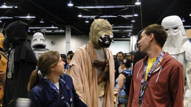 Star Wars Celebration Anaheim 2015 Sandpeople 'he's right behind us, isn't he?'