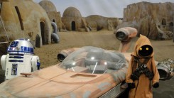 Star Wars Celebration Anaheim 2015 Tatooine R2D2, Jawa, Speeder