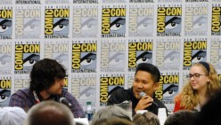 Avatar fan panel with Jack DeSena, Dante Bosco, and Darcy Rose Byrnes